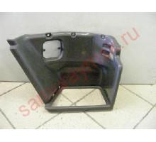 Подножка R пластик ISUZU FORWARD FSR/FTR '95-,