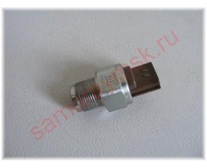 Датчик давления топлива ISUZU NQR75/NPR75/NLR85/NMR85