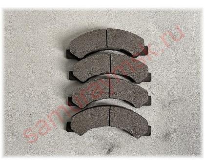 Колодки дисковые HINO 300 E-3/E4/BOGDAN/ISUZU ELF NKR81/NKR85/NPR66 LT без пластин
