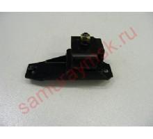 Подушка двигателя ISUZU NKR 93-2003; NHR 93-98 ЛЕВАЯ С ЛЫЖЕЙ