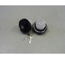 Крышка топливного бака 44 мм TOYOTA MMC с ключом