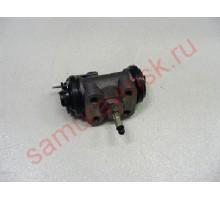 Тормозной цилиндр задний левый с прокачкой  FUSO FK6## 1-7/16 NISSAN CM
